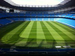 Mantenimiento césped natural campo de fútbol